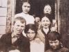 014-nana-and-family-1912